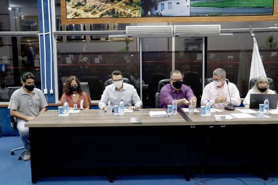 Nova Ponte aprova lei de participação no CIDES e no SIMC